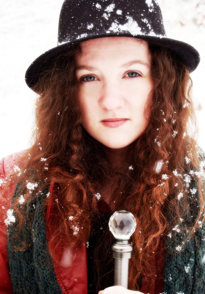 amber in the snow sarah thomas